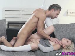 Super-Sexy 19yo Teenie Takes Jizz