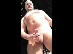 naturist pearl juice spill in public