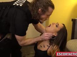 qKinky lady, Jaye Summers was caught working as a superslut so she penetrated a cop, too