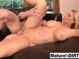 Handsome blond lady with fat melons luvs when a dude finishes off inwards her soddening raw gash