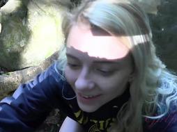 Riley Starlet Fellatio In Woods
