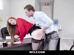 Crimson haired office damsel can't wait to get down and sloppy with some of the customers