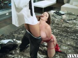 VIXEN Sophie Dee Is Fully Mischievous And Gets The Pulverize Of Her Life
