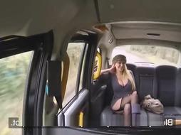 Huge-Chested blondie girl, Amber Jayne enjoys to pay for a cab rail with her drenching raw vagina
