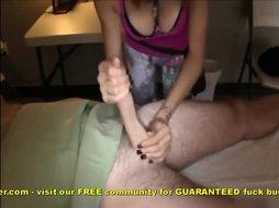 Amateur Hook Up Does Massage And Stroke Job With Happy Ending