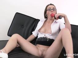 Sex-Positive brown-haired with glasses, Tiffany Woman had a 3some and got screwed the way she luvs