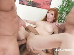 Lilu Monn wants to have romp all the time, even with her chief, in his office