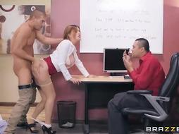 Inviting assistant is having a steamy fucky-fucky activity, in front of her chief, while in the office