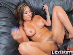 Sexy honey Reena Sky grips a immense ebony weenie to fellate
