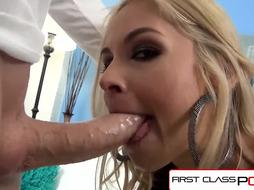 FirstClassPOV - Sarah Vandella blowing a massive trouser snake, thick jugs %26 yam-sized arse