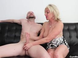 Jizz douche for the super-naughty cougar