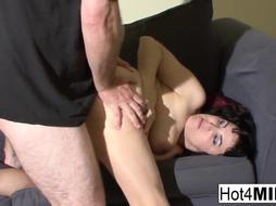 Huge-Boobed COUGAR Claudine plumbs her fellow on camera