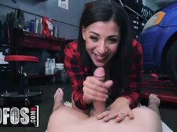 MOFOS - Immense culo latina Valentina Nubs flashes off her thick melons and bootie