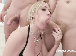 Syren De Mer and her insatiable homies have gathered up to have an lovemaking, all day lengthy