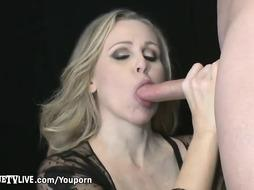 Sumptuous Blond Cougar Julia Ann Nailed By Xxl Meatpipe Live!