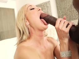 Brandi Enjoy Meets Mandingo