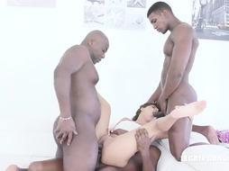 Milky woman, Sarah Ultra-Cute is throating ebony spunk-pumps and getting wedged the way she luvs