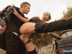 Horny ash-blonde dame is getting boned in a post- apocalyptic setting and liking every 2nd of it