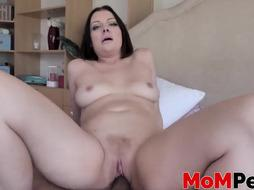 Super-Naughty step-mom Sovereign Syre gives sonnie a sole job in POINT OF VIEW