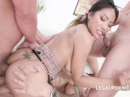 Bitchy Chinese mega-bitch in fishnet tights, Polly Pons got doublefucked while fellating a rock rock hard fuck-stick