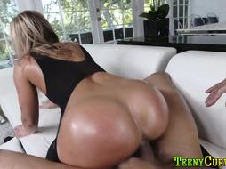 Heeled Ginormous Backside Stunner Gets Fucked