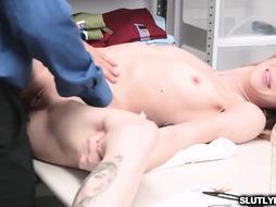 Marcus London nailing Alexa Novas butt pushing her sideways