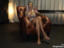 COUGAR WANTS TO GET GROUP SEX FOR THE FIRST-EVER TIME TAKES 8 FUCK-STICKS