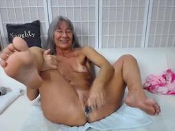 Sport grandma jizzes firm