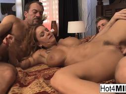 Big-Chested platinum-blonde COUGAR gets 2 super hot geysers on her face