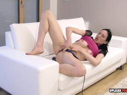 Handsome cam nymph delectations her cock-squeezing humid vagina
