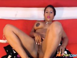 Steamy Gorgeous Colombian Lovely Booty  Cooter On Cam
