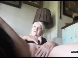 Grandma Kelly masturbates as if she is 18