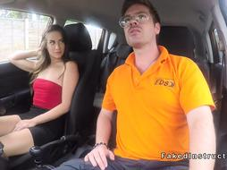 Slender big ass babe fucks in driving school