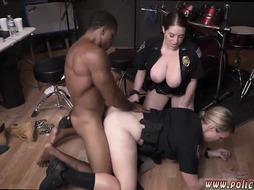 Milf strap on anal xxx Raw video captures cop plowing