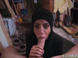 Arab Girl Blows Dick