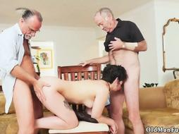 Threesome for This hot Girl is wath she really wants