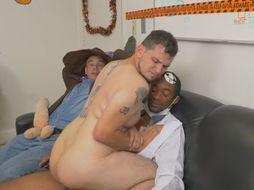 Interracial gay bangers drilling