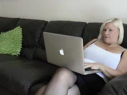Blonde GILF teaching daughter to suck