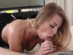 Mom teaches patron' friend's daughter threesome and