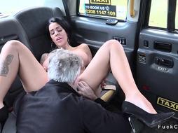 Huge tits alt hottie fucks in fake cab
