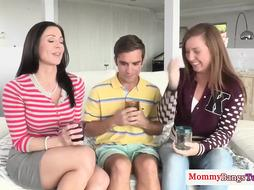 Nerdy guy has managed to hook up with two college girls and have a threesome with them