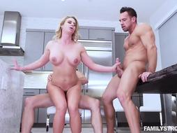 Milf is FUcking in the Kitchen