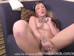 Jumpy Tatted Iowa Nubile Stroking To Pay Rent - PornGem