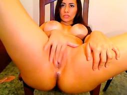 Colombian Yessica Frigs On Cam - PornGem
