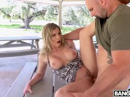 Amazing blonde woman is fucking each day