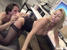 Horny blonde is fucking her new colleague from work