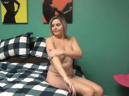 Dirty step mom  is having a sex adventure