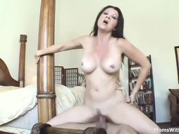 Nude brunette is getting her pussy fucked by a bi dick