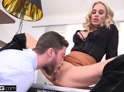 Sarah is a hot blonde milf that loves to get fucked