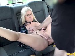 Sasha has offered her wet pussy to a taxi driver